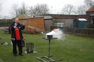 Effects of a AFF Foam on a liquid fire